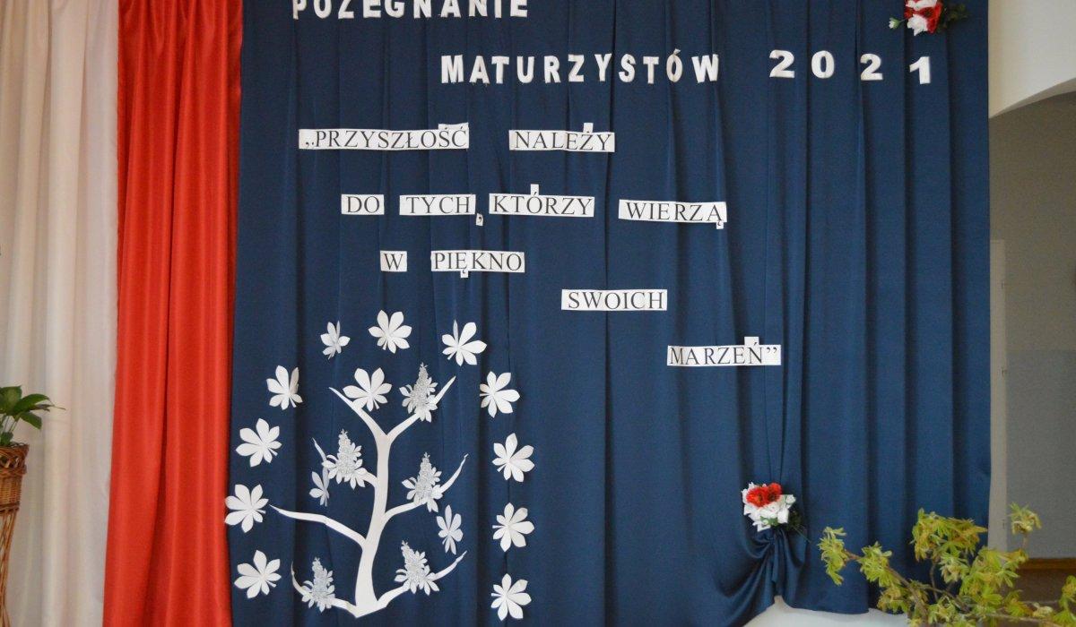 """""""Szczęśliwej drogi już czas..."""" – Zakończenie roku szkolnego dla maturzystów 2021"""